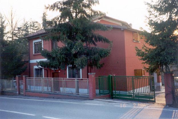 Casa Cantoniera Pianoro vecchio  Via Nazionale Toscana, 182