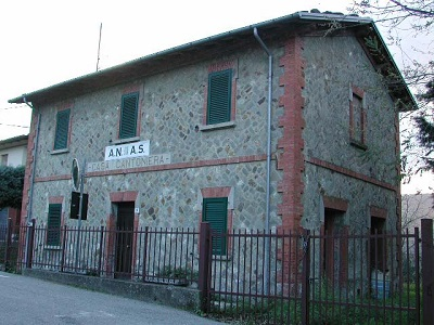 Ex Casa Cantoniera Castel del Rio  loc. Valsalva