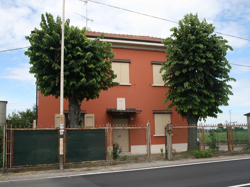 Trattativa diretta ex casa Cantoniera Molinella