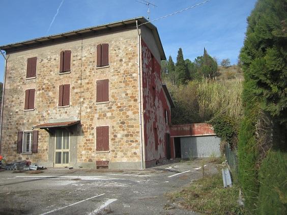 Ex casa cantoniera Via Selice Montanara loc.Riviera Comune di Borgo Tossignano