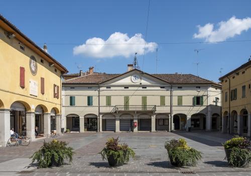 Piazza di San Pietro in Casale