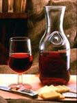 Bottiglia di vino - Archivio Provincia di Bologna