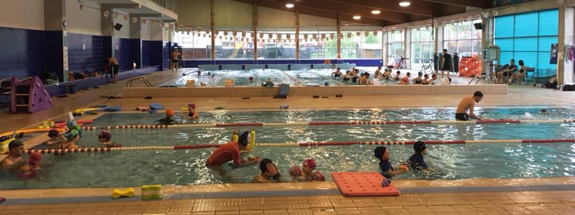 Foto: la piscina. Comune di Zola Predosa