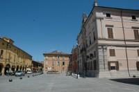Uno scorcio della piazza di Pieve di Cento - Archivio Provincia di Bologna