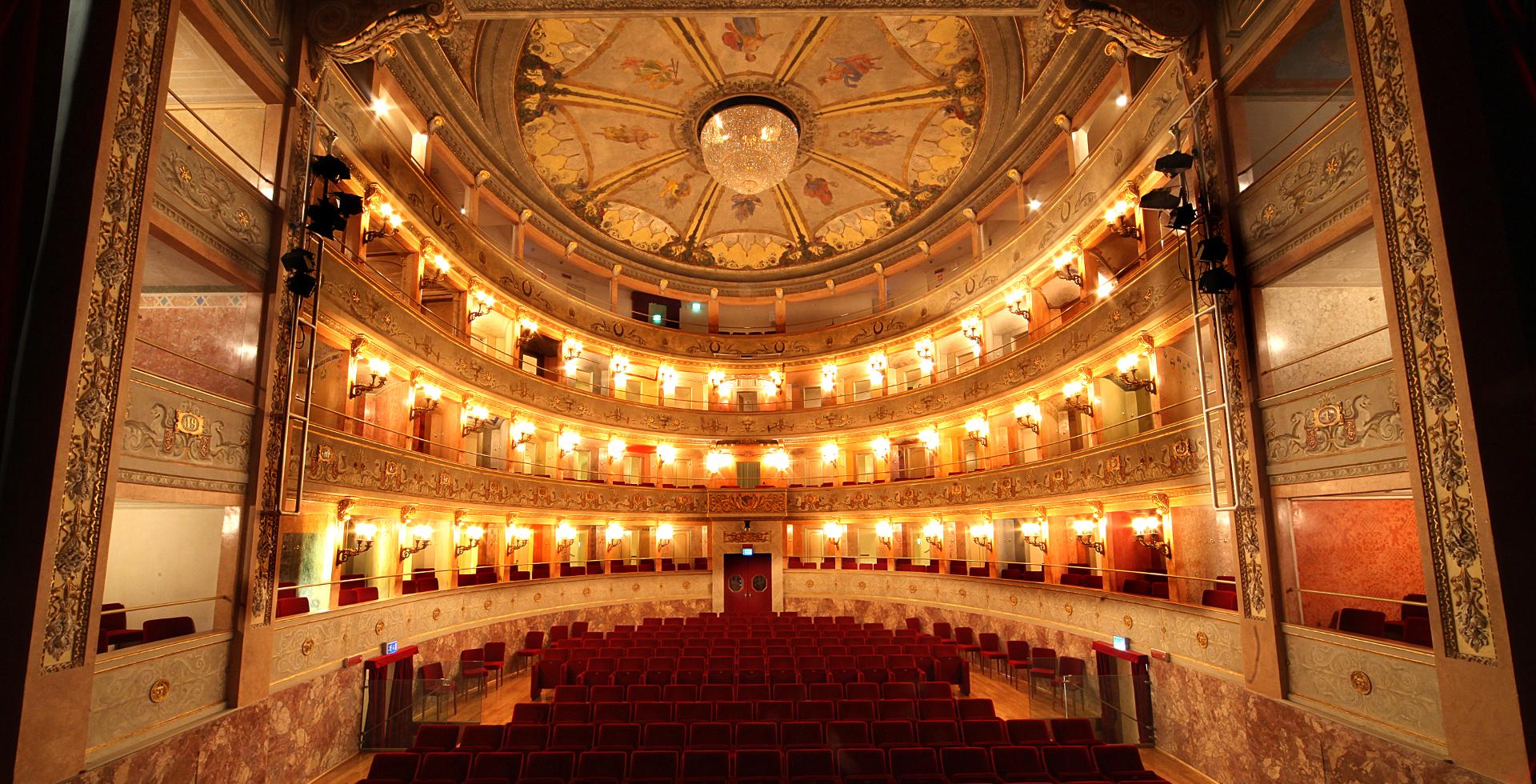 Imola -Teatro Ebe Stignani_Foto BARONE