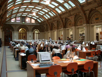 Biblioteca Sala Borsa - Bologna. Foto Archivio Città Metropolitana di Bologna