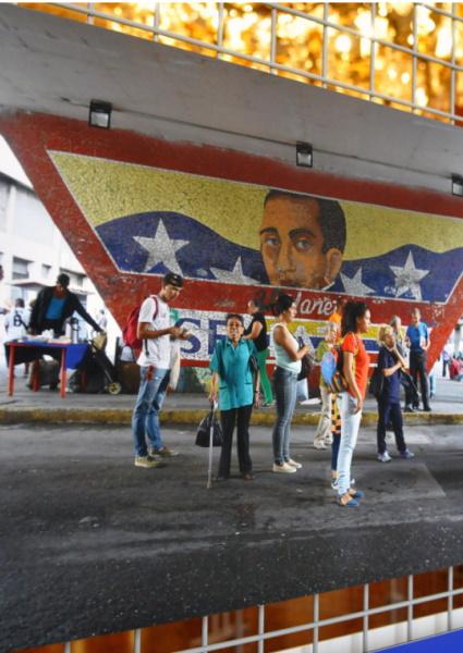 Palazzo Malvezzi ospita la mostra fotografica 'Caracas la città verticale, la città obliqua'