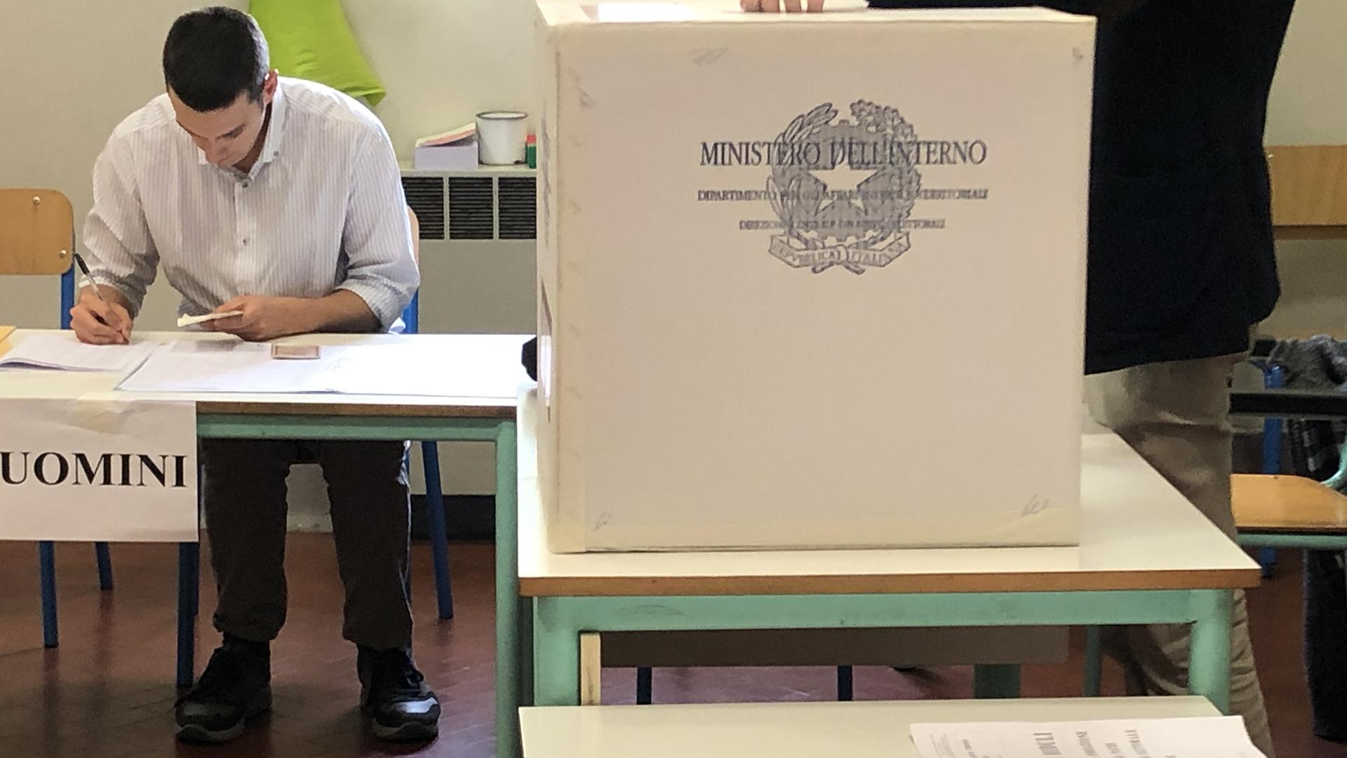 Guida alle amministrative del 3-4 ottobre nella città metropolitana di Bologna: 343.085 persone chiamate al voto in 6 i Comuni, quasi 100 i consiglieri comunali da eleggere