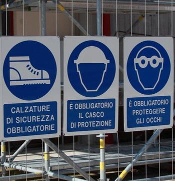Segnaletica dedicata alla sicurezza sul lavoro