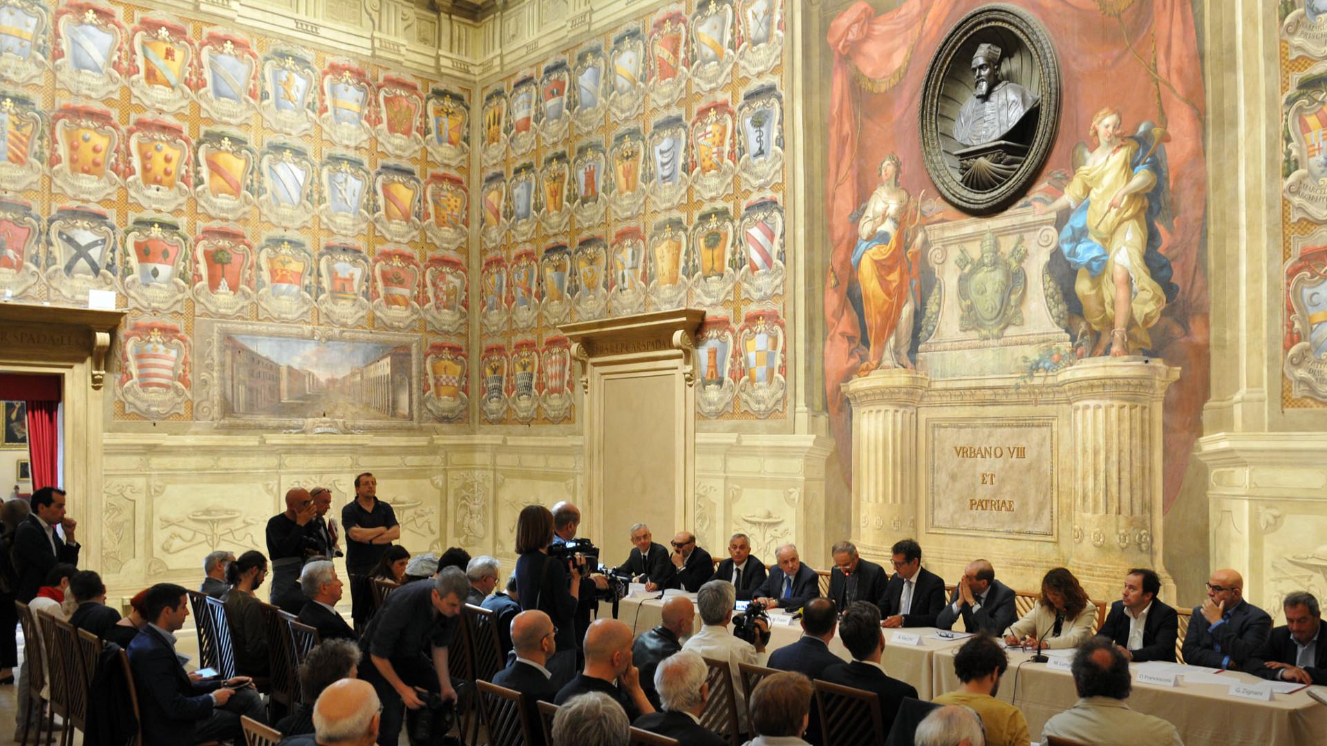 """""""Insieme per il lavoro"""" il sindaco Merola e l'Arcivescovo Zuppi hanno firmato il Protocollo d'intesa"""