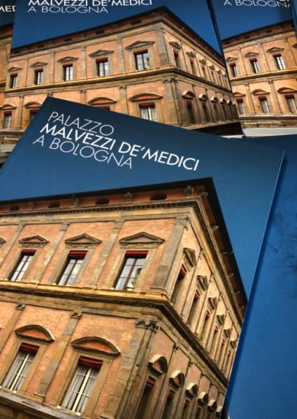 Palazzo Malvezzi de' Medici, un libro tra storia, arte e immagini inedite di uno degli edifici più belli di Bologna