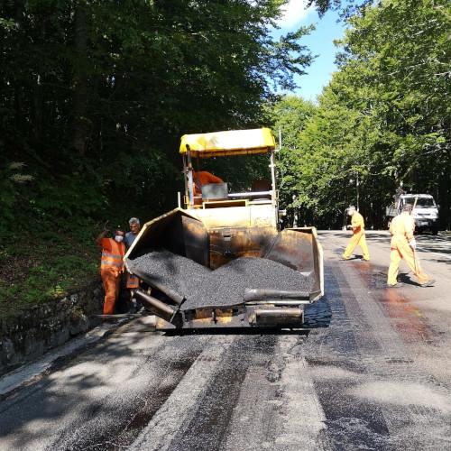 Lavori di ripavimentazione sulla strada provinciale SP 71 Cavone