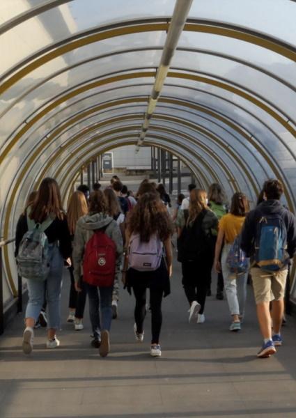 """""""La scuola in Fiera"""": a Bologna primo e unico caso in Italia di utilizzo di uno spazio fieristico per il ritorno a scuola nel post lockdown"""