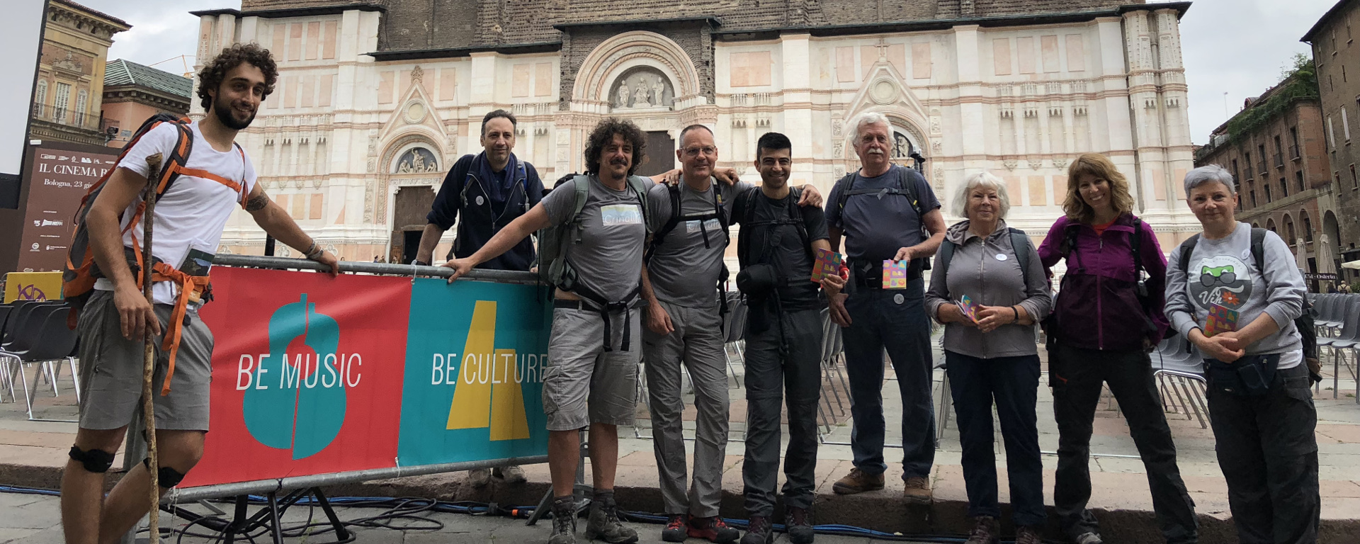 Foto: partenza da piazza Maggiore - Archivio Città metropolitana di Bologna