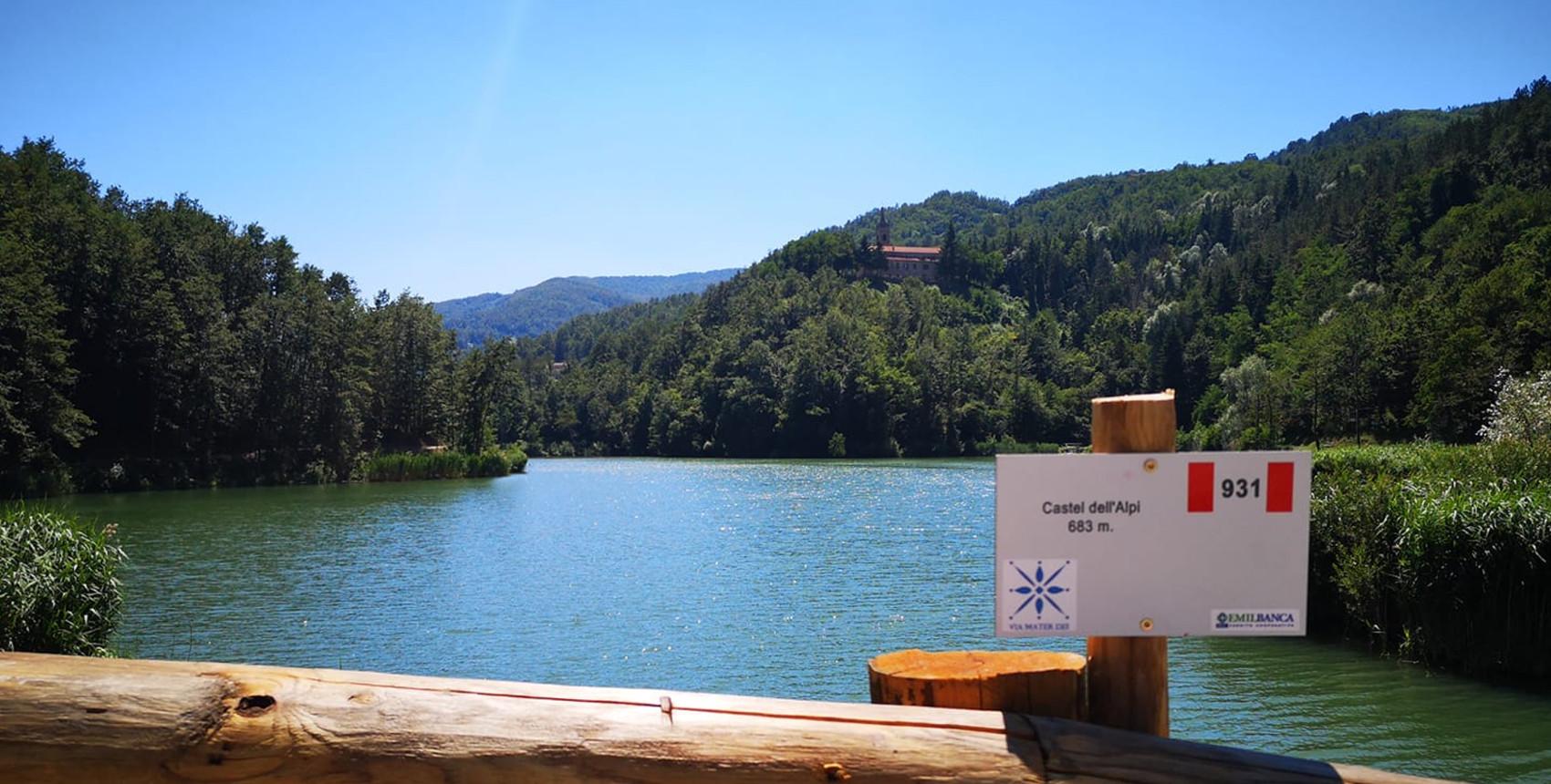 Via Mater Dei al Lago Castel dell'Alpi