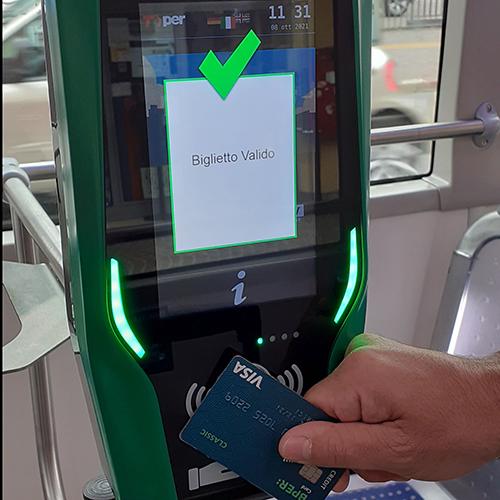 A Bologna su tutte le linee urbane di bus è possibile pagare con carta di credito e bancomat