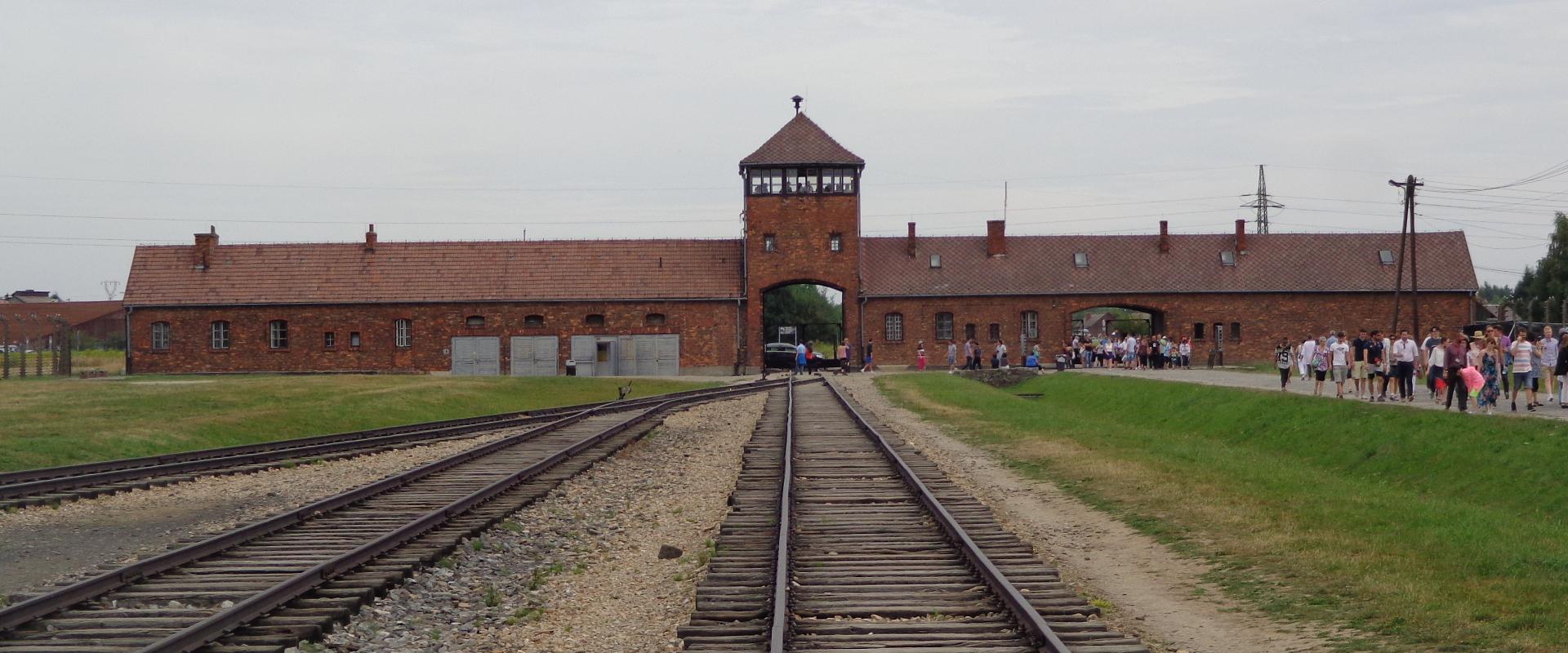 Foto: Auschwitz - da Wikipedia