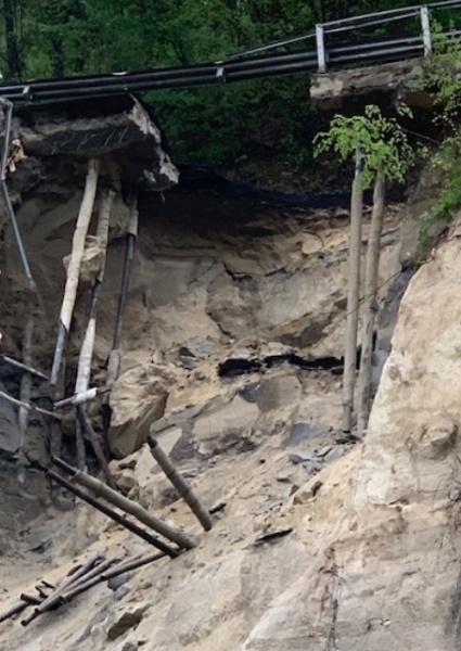 Crollo della provinciale 325 Val di Setta, strada chiusa già dal 6 aprile