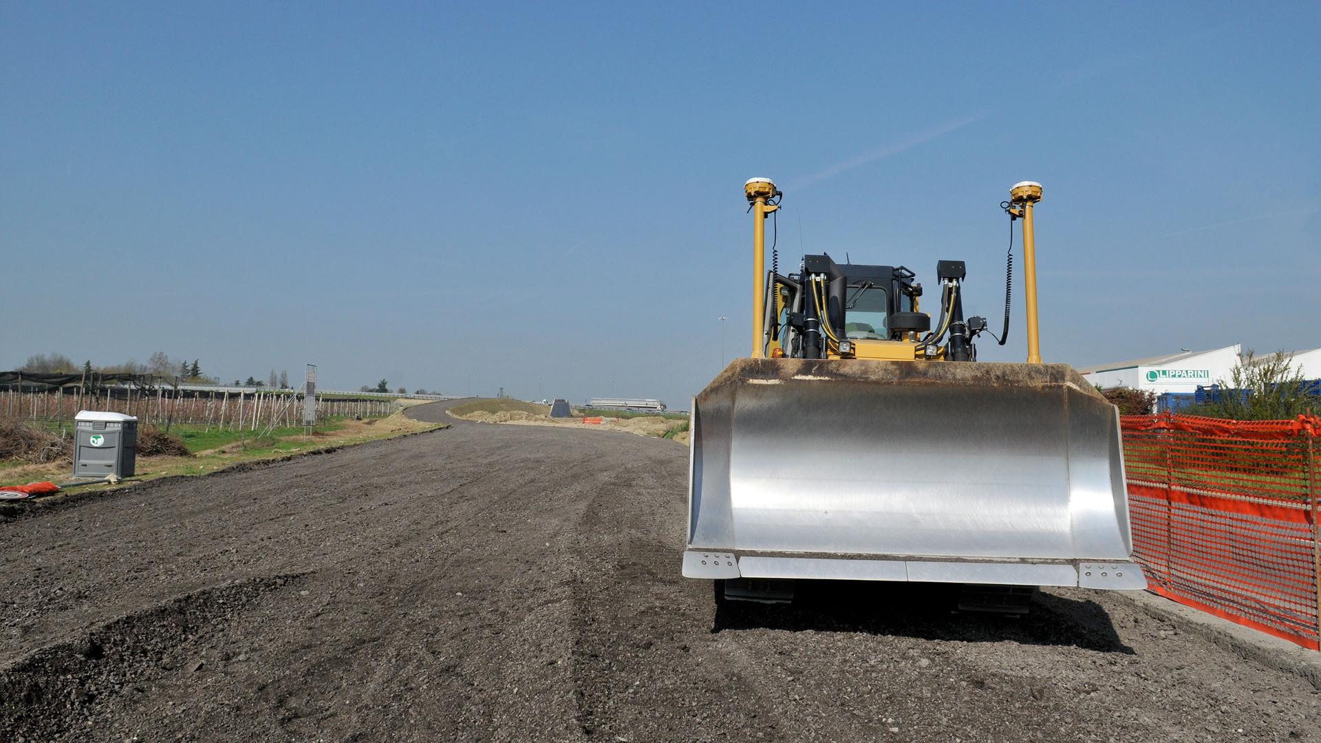 Nuova Bazzanese, deviazioni al traffico per la realizzazione della nuova rotatoria sopraelevata in via Lunga