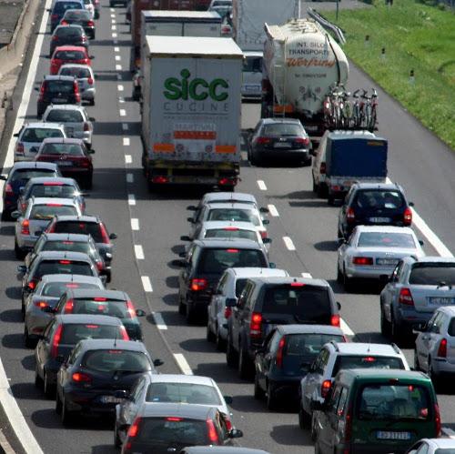 Misure antismog, ecco tutte le regole: i diesel euro 4 potranno circolare (ma non in caso di sforamento)