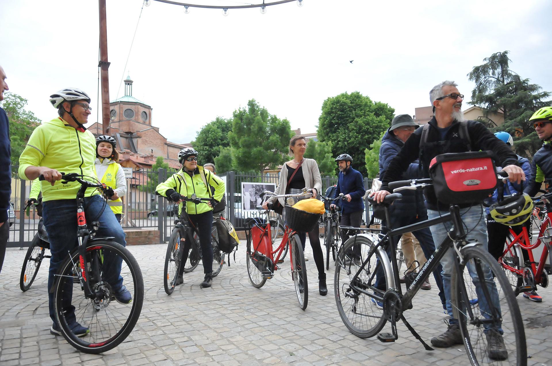 Il grand tuor in bicicletta tra paesaggi e comunità