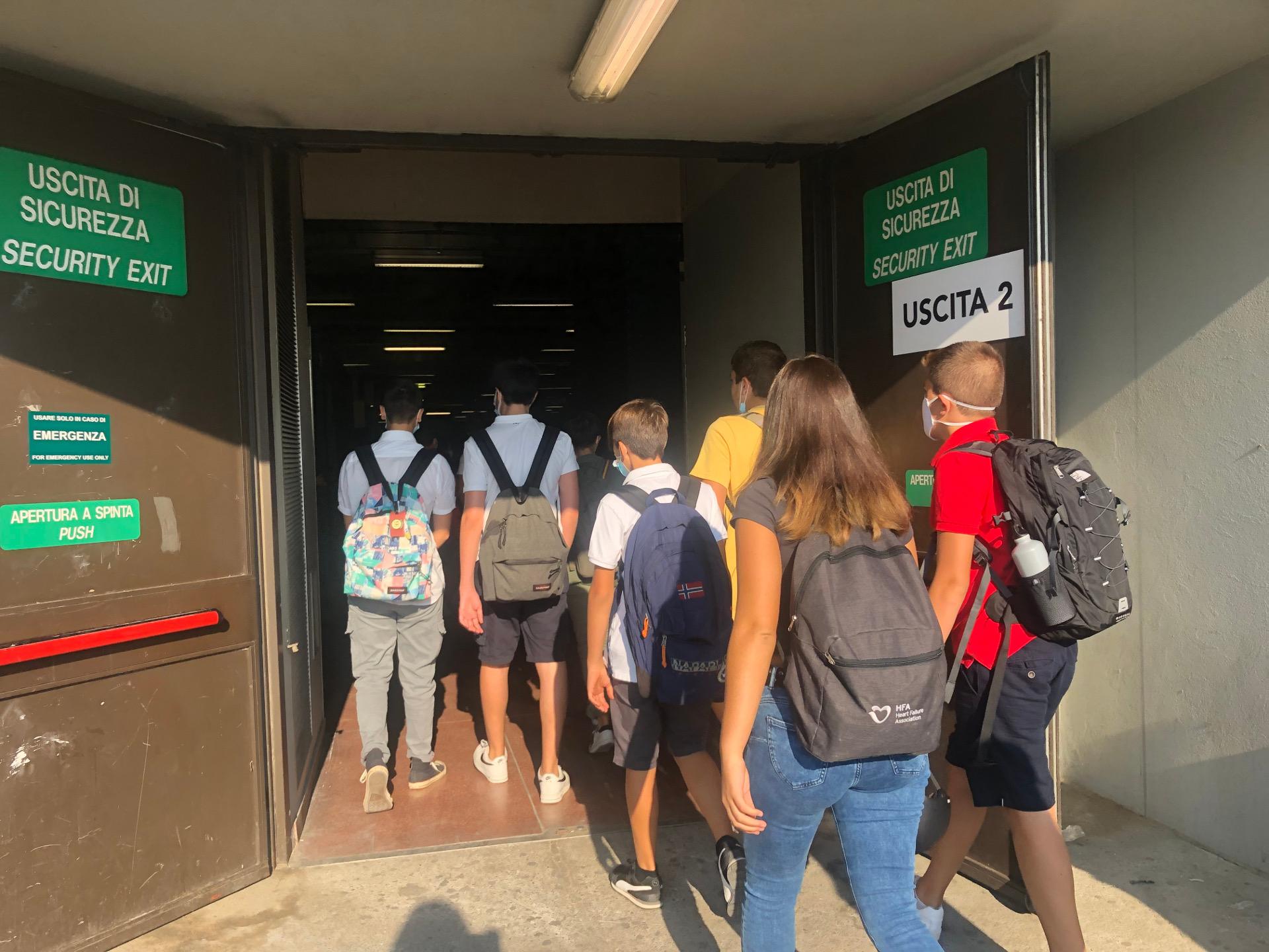 Entrata degli studenti