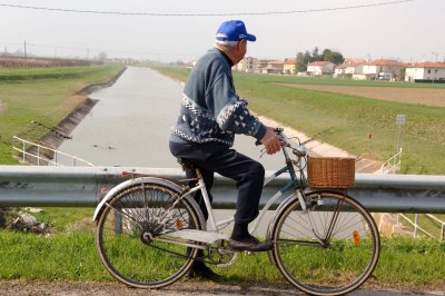 Sesto Imolese: un tratto del Canale Emiliano-Romagnolo - Foto di Vanes Cavazza