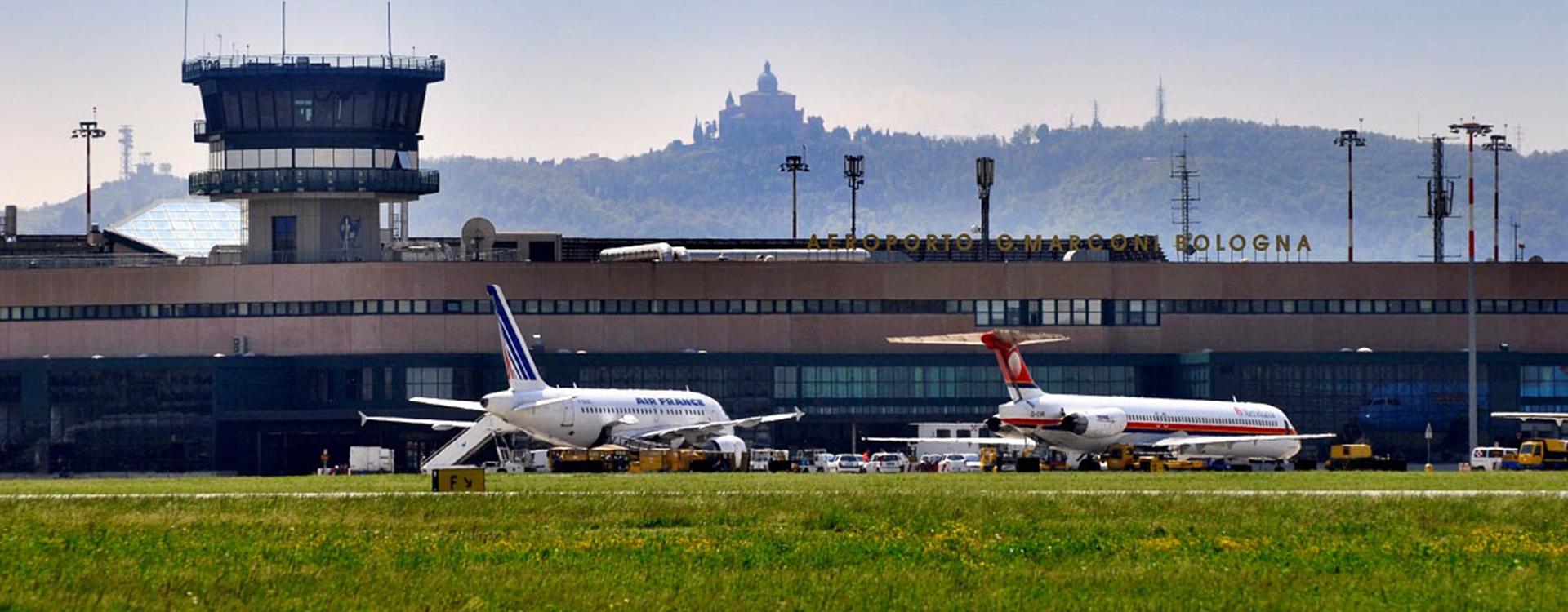 foto dell'aeroporto di Bologna