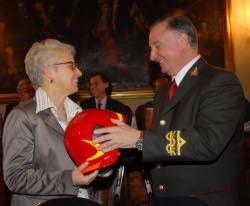 La presidente Beatrice Draghetti e il comandante Tolomeo Litterio