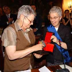 Marta Murotti e la presidente Beatrice Draghetti
