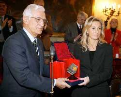 Il presidente Vittorio Prodi e Francesca Biagi