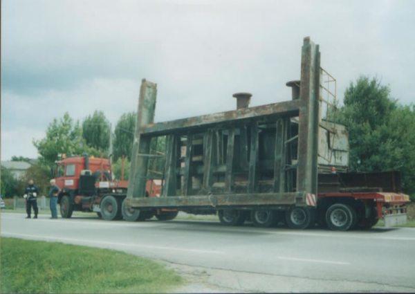 trasporto parte di macchinario