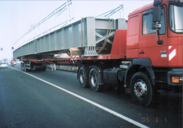 trasporto trave metallica