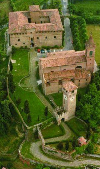 Bazzano - Rocca - foto di archivio Comune di Bazzano