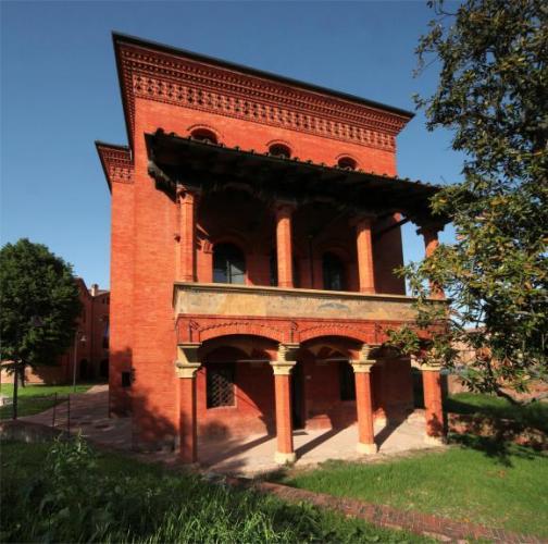 Bentivoglio - Palazzo rosso - foto di Paolo Barone