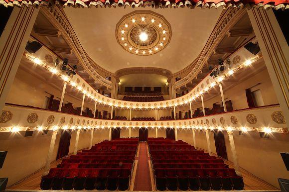 Budrio - Teatro Consorziale - foto di Paolo Barone