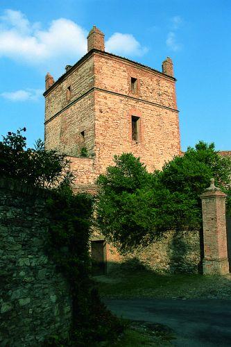 Castello di Serravalle - Torre del castello - foto di Provincia di Bologna