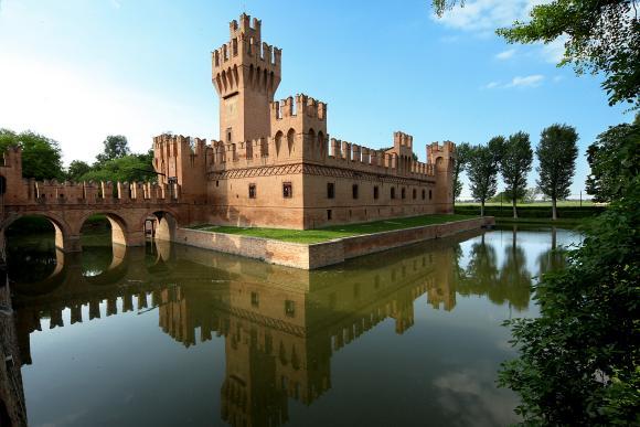 Minerbio - Castello di San Martino in Soverzano - foto di Paolo Barone