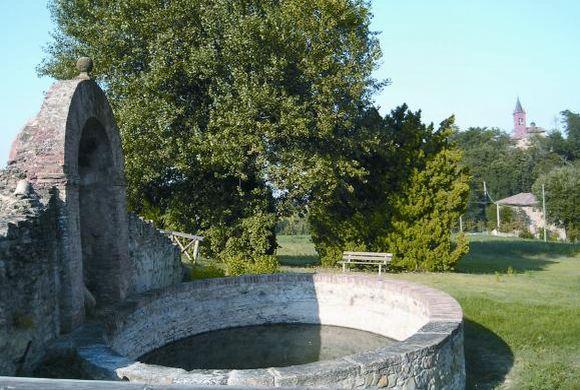 Ozzano dell'Emilia - Fontana di San Pietro - foto di archivio Comune di Ozzano dell'Emilia