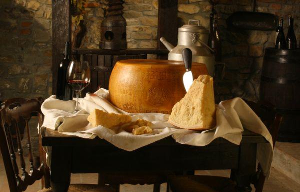 Parmigiano Reggiano DOP - foto di Paolo Barone