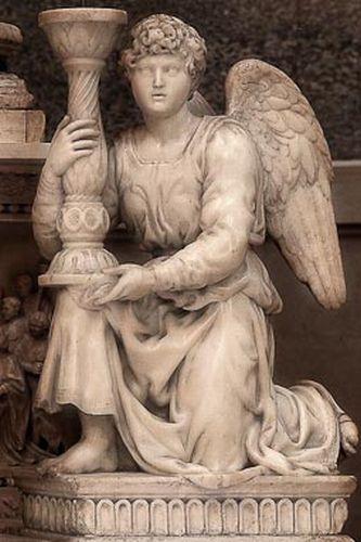 Bologna - Chiesa di San Domenico, Michelangelo Buonarroti, Angelo reggicandelabro - foto di Paolo Barone