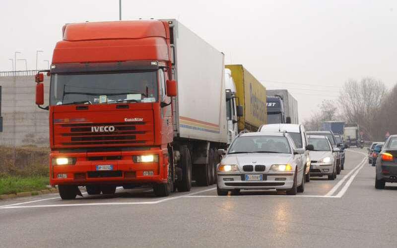 Piano d'azione per il risanamento acustico degli assi stradali provinciali con traffico superiore a 3.000.000 di veicoli/anno
